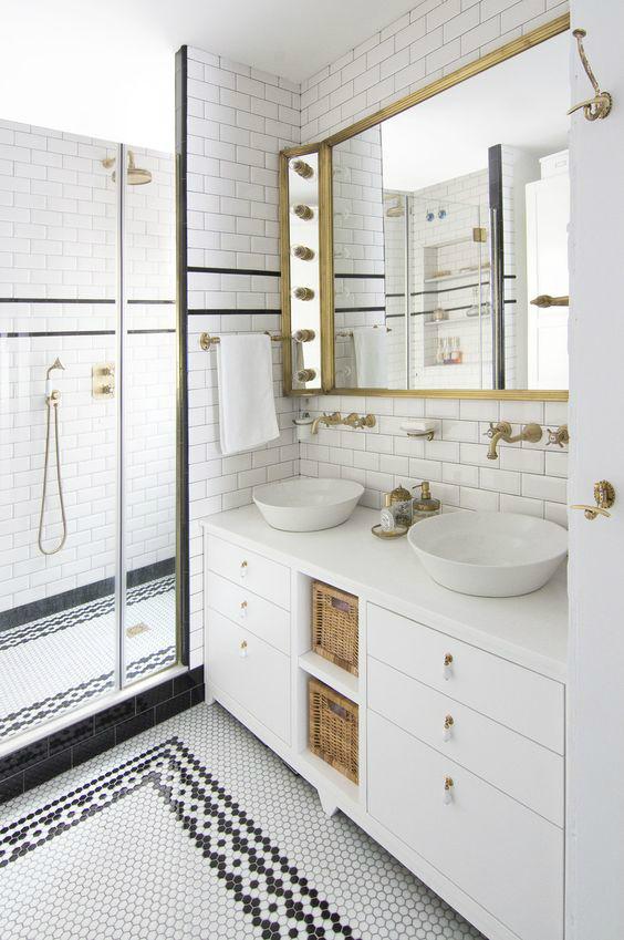 I want to replicate this exact bathroom designed by Espacio En Blanco. Image via Decoholic