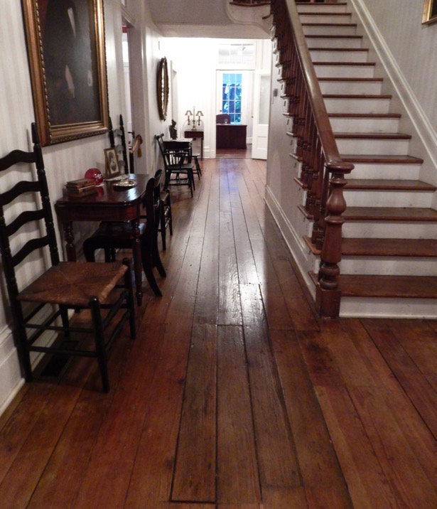 Mabry-Hazen-House-front-stair