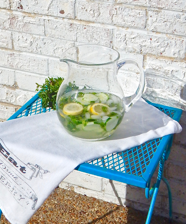 Cucumber Water. Learn how to make it at penderandpeony.com