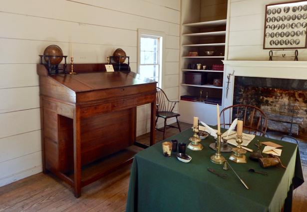 blount-mansion-office
