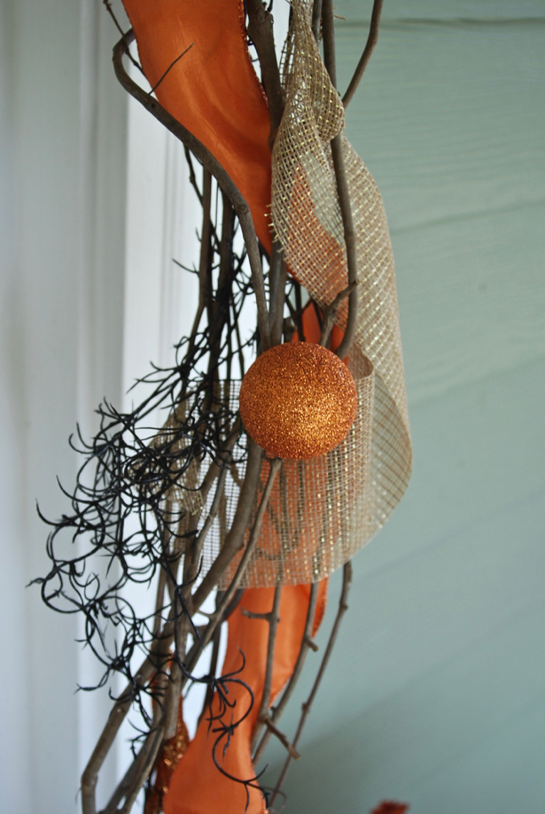 fall-decor-to-halloween-garland