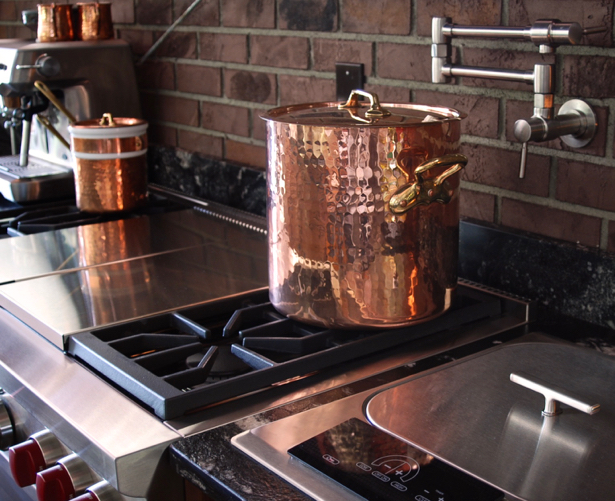 kitchen-stove-copper-pot