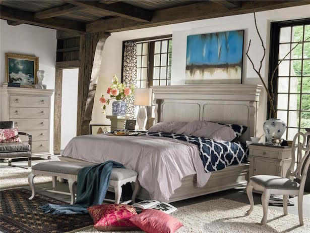 Bohemian bedroom with chinoiserie elements