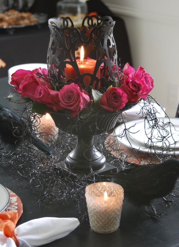 Let the Halloween frivolity begin, but keep it simple with a Halloween dessert party. Be inspired by this tablescape, halloween decor, and fun dessert recipes.