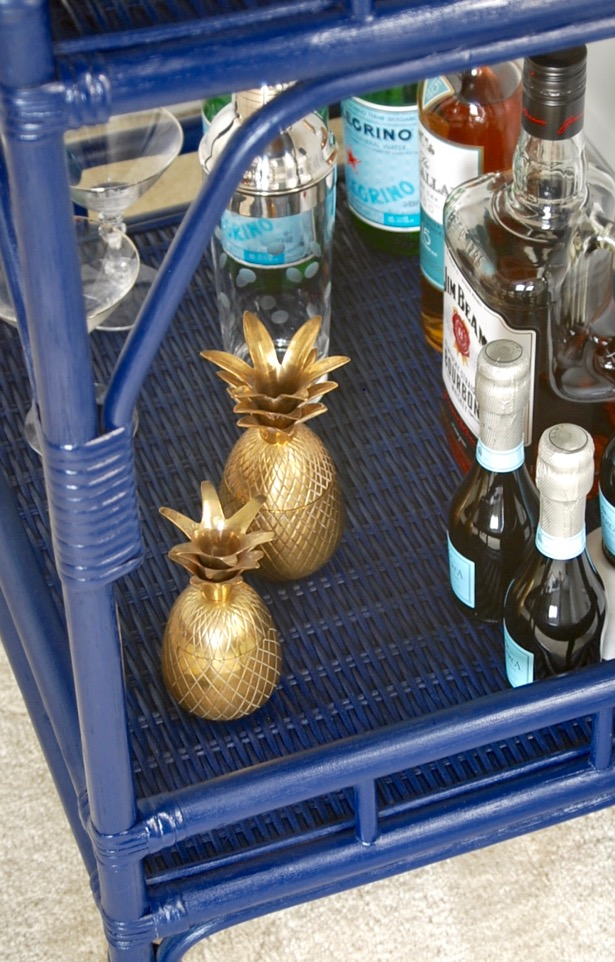 I just love how these pineapple bar accessories look on my navy rattan bar cart!