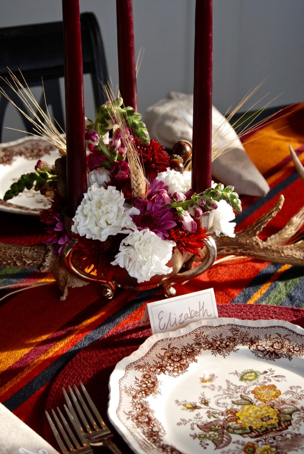 One Rustic Thanksgiving Table Two Centerpiece Ideas