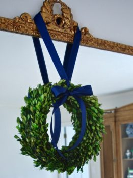 Christmas boxwood wreath in my Southern Christmas home tour