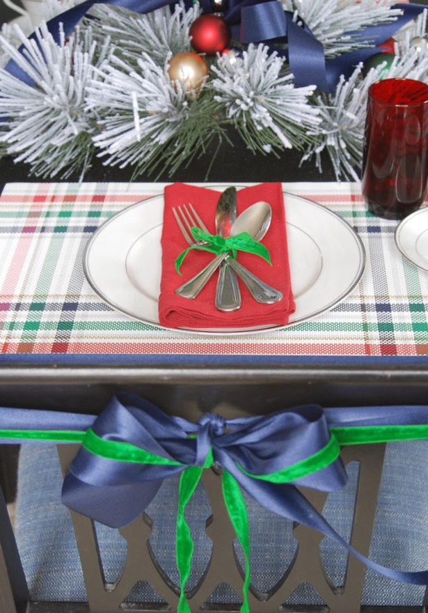 Set a festive table for your holiday brunch with plaid placemats, splashes of red, and winter greenery!