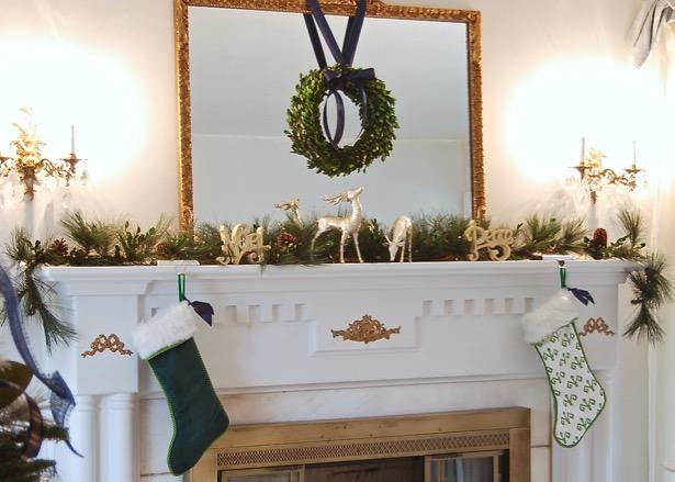 Explore my Southern Christmas Home on the Simply Seasonal blog hop: Christmas decorating tips, holiday decor, boxwood wreaths, mantle decor, garland