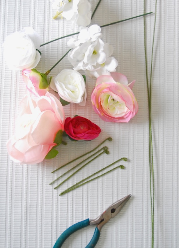 Create your own floral table runner with this floral garland DIY! Only 3 materials needed!