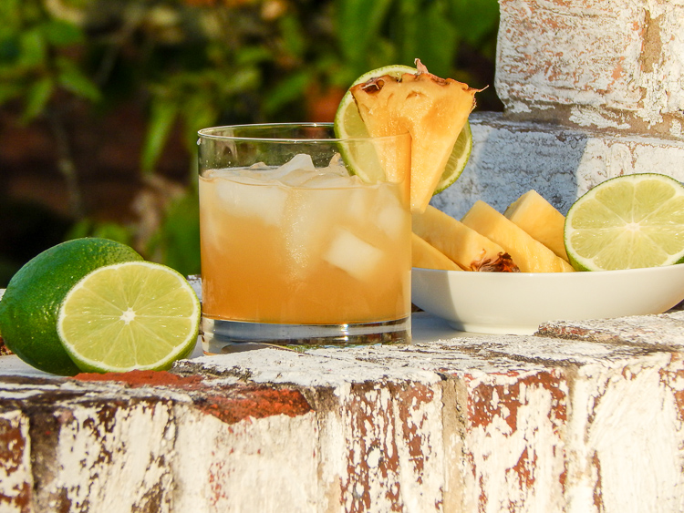 Make your Cinco de Mayo fiesta dazzle with this easy pineapple margarita on the rocks recipe.