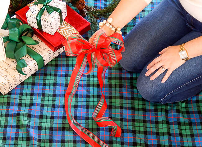 A multi-loop bow is a decorating basic you need to know. Use these pretty bows on everything from presents to wreaths. Master this DIY in time for holiday decorating with this video!