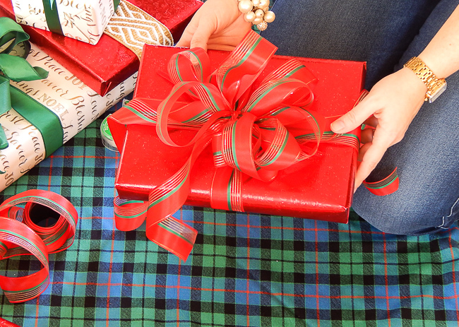 Use a multi-loop bow on presents.