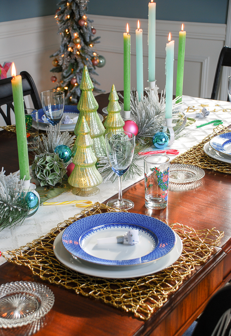 Pop the bubbly and celebrate 2018 in style with bright and charming New Year's Eve Party Decor!