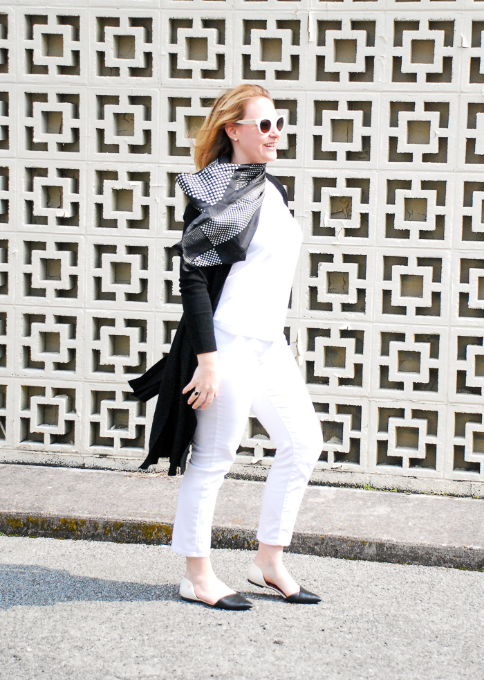 Chic black & white an always classic duo perfect for spring fashion. #blackandwhite #southernchic #polkadots #dustersweater