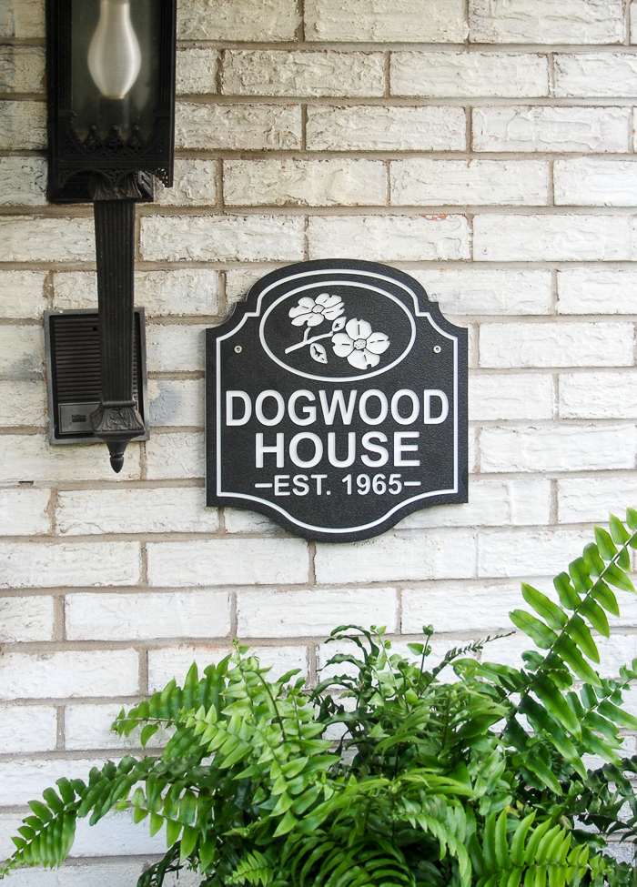 Naming your house: black and white house plaque