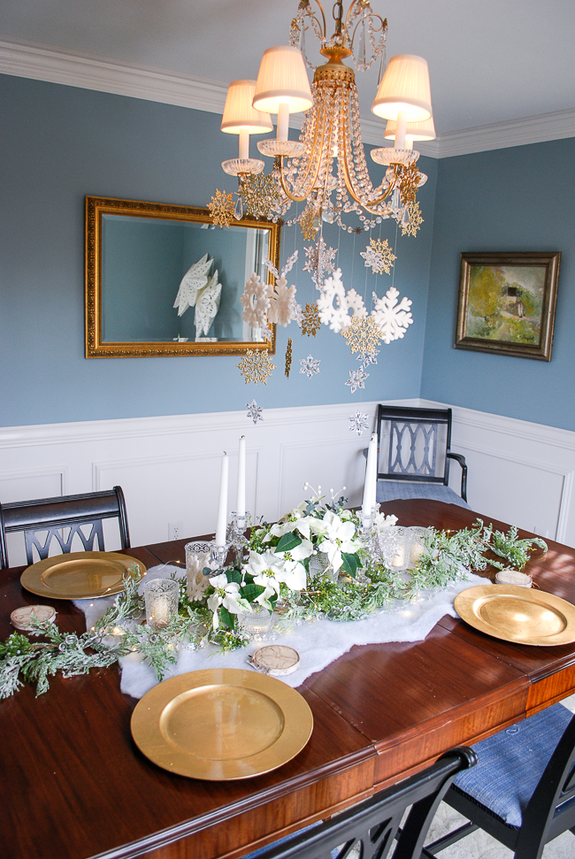 Winter tablescape tutorial - set the table