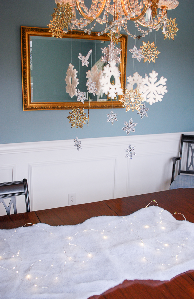 Winter tablescape tutorial - creating snowflake cascade and laying down snow base