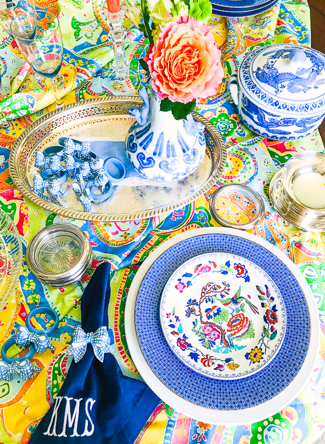 Chinoiserie accents help create a pretty summer tablescape - 5 Summer table styling tips