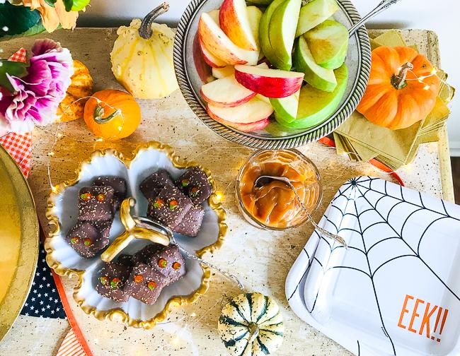 Carmel apple slices for a yummy Halloween treat