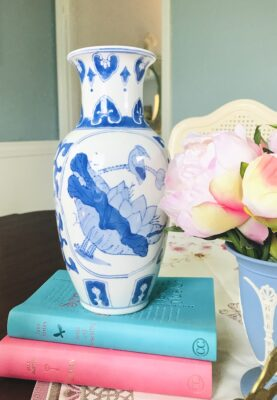 Blue and white vase with bird and lotus design