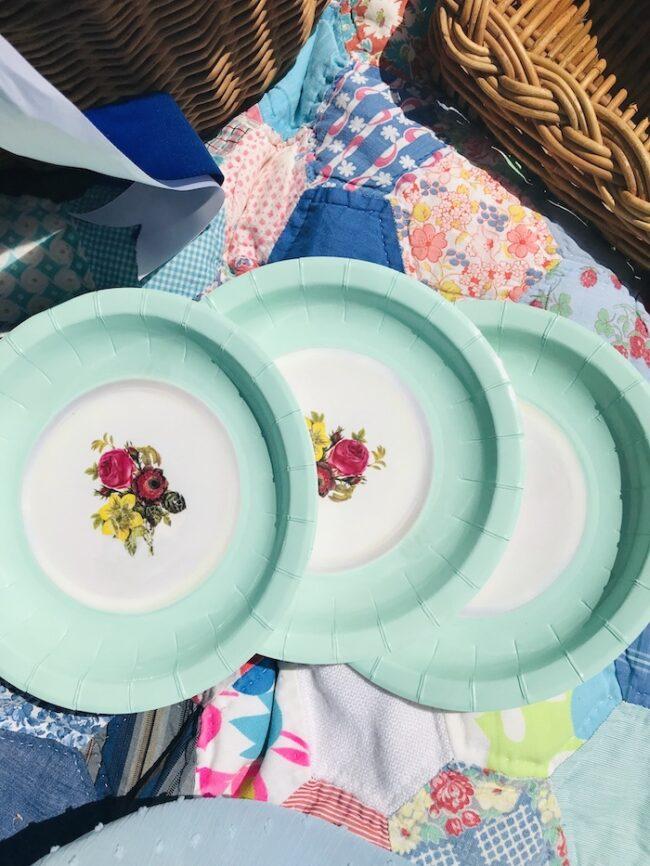 paper salad plates with aqua rim and floral design