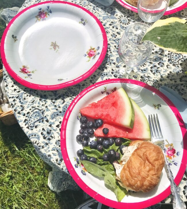pink china style paper plate - dinner size
