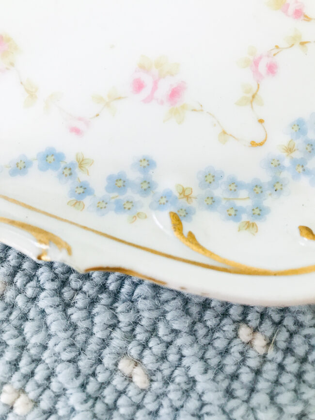 chip to scroll tip on Elite Limoges floral tray