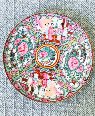 """Rose medallion 9"""" plate"""