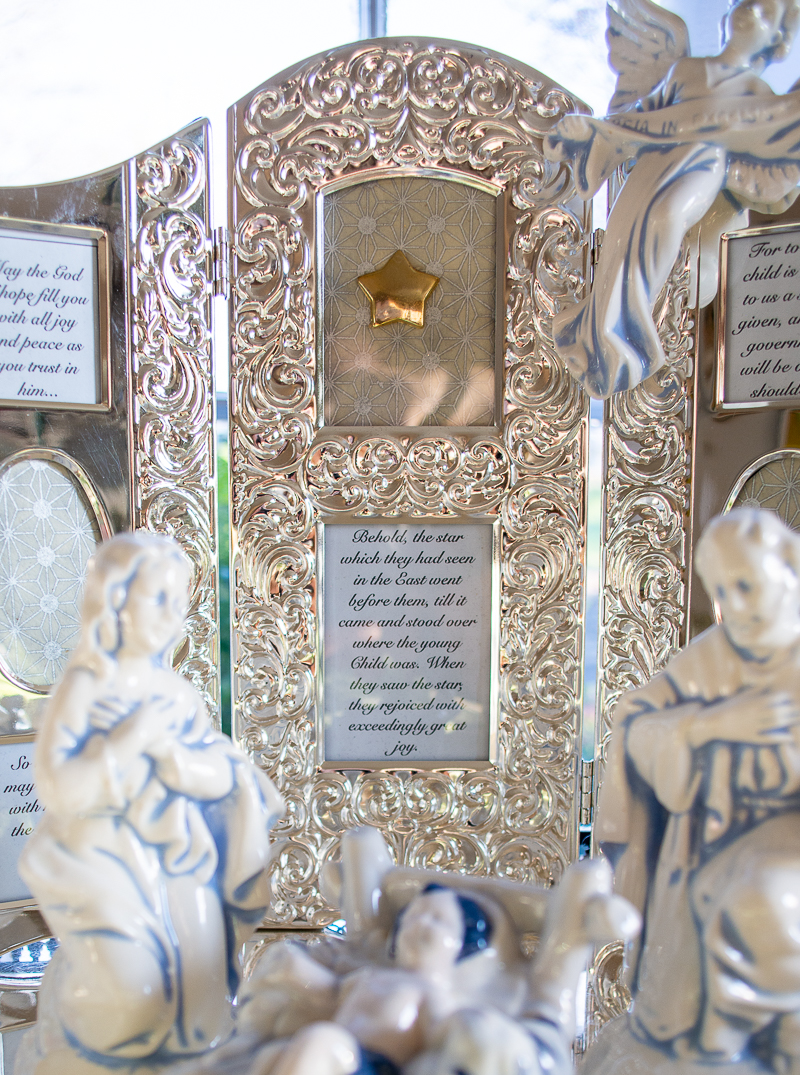 Vintage silver tri-fold frame with Christmas story Bible verses