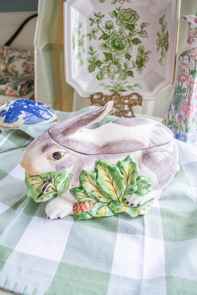 Mottahedeh Bunny Box or Tureen with leaves and snails