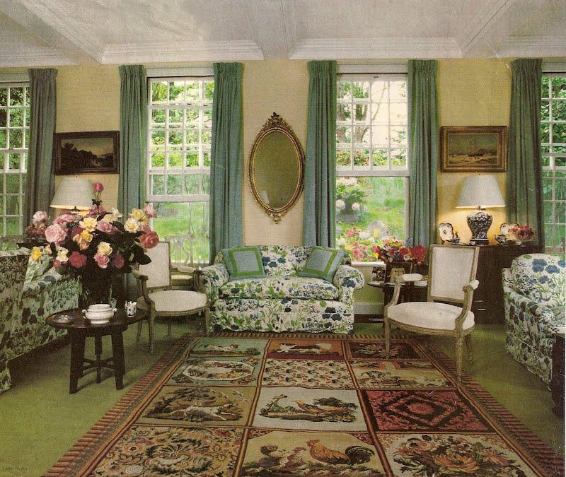 Living room designed by Sister Parish, traditional designer