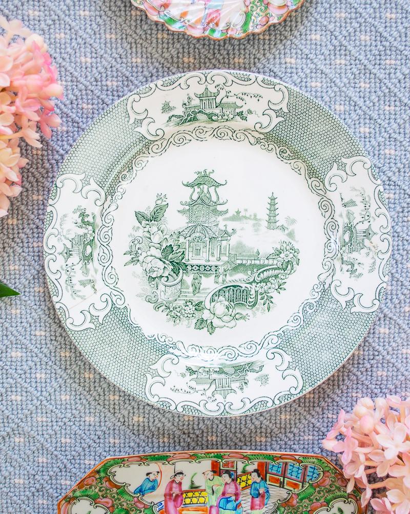stoneware Chinoiserie pagoda plate