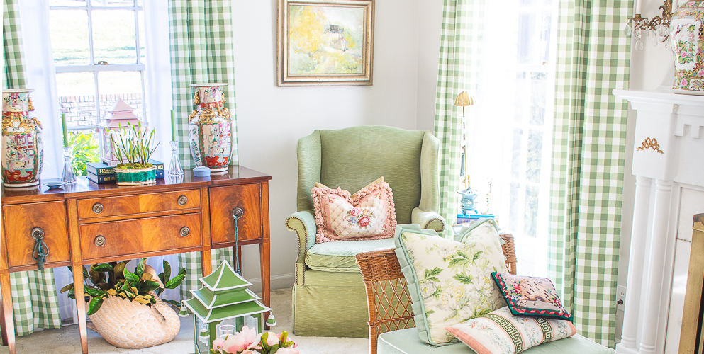traditional-interiors-colorful-frills-1