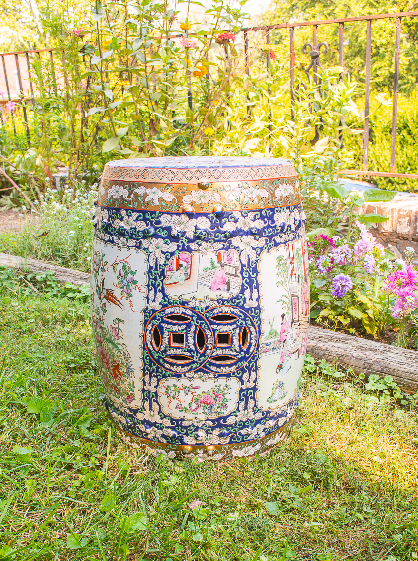 Midnight in the garden Chinese export stool - vintage
